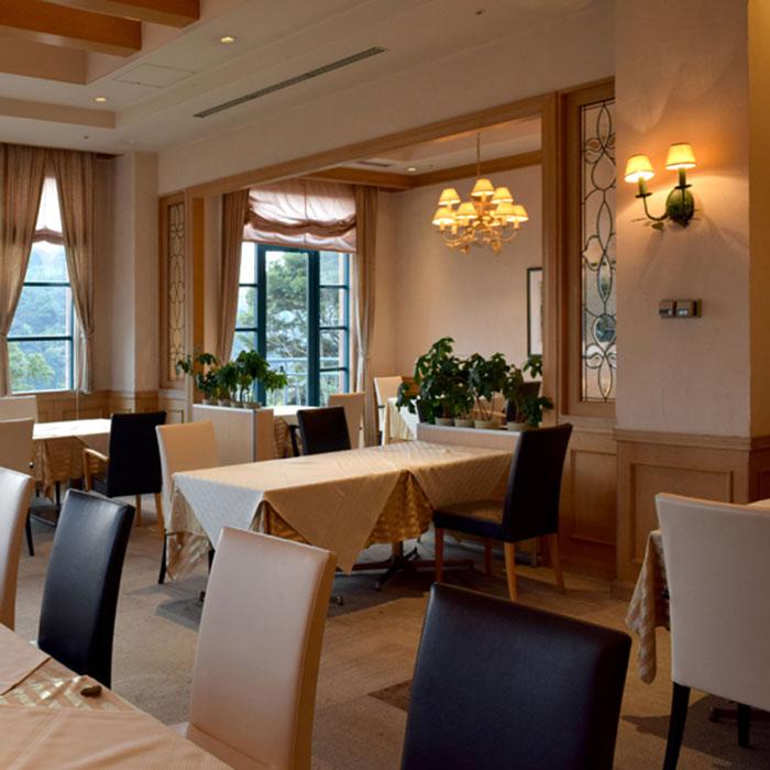 洋食レストラン エルビーノ