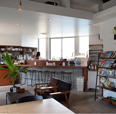 Cafe & Bal Vive la Vie!(ビブラビ)